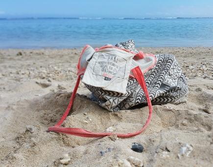 Tote bag EXKi beach4 ©www.justabreak.com